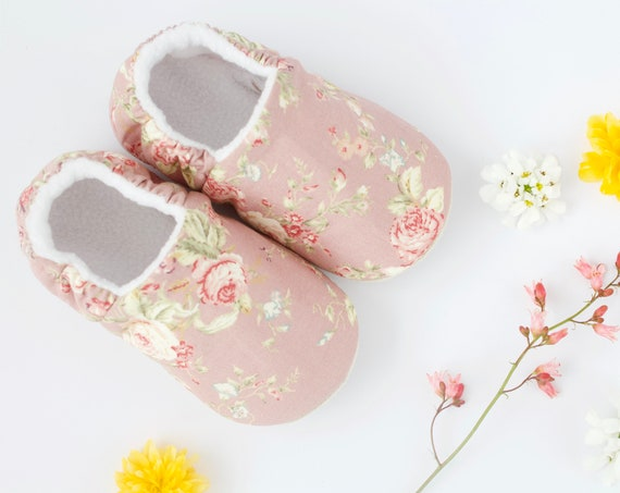 Baby shoes, dotty robin, baby shoes girls, baby girls shoes, pram shoes dusky pink Floral Baby Shoes