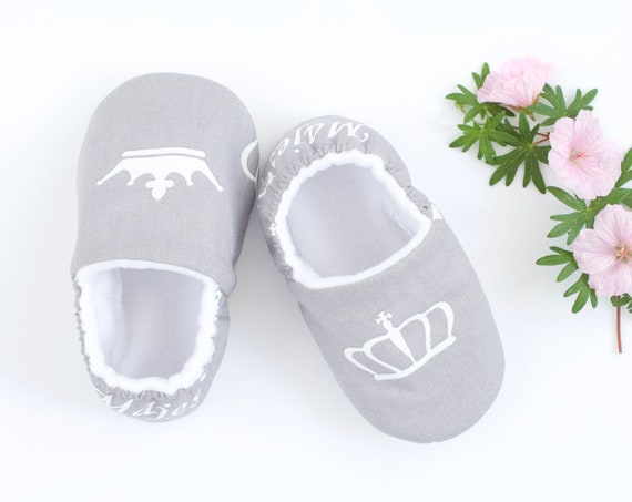 Baby girl shoes, baby shoes, regal baby, majesty baby, baby shower gift, baby shower girls. new baby, toddler shoes. girls shoes, Grey shoe.