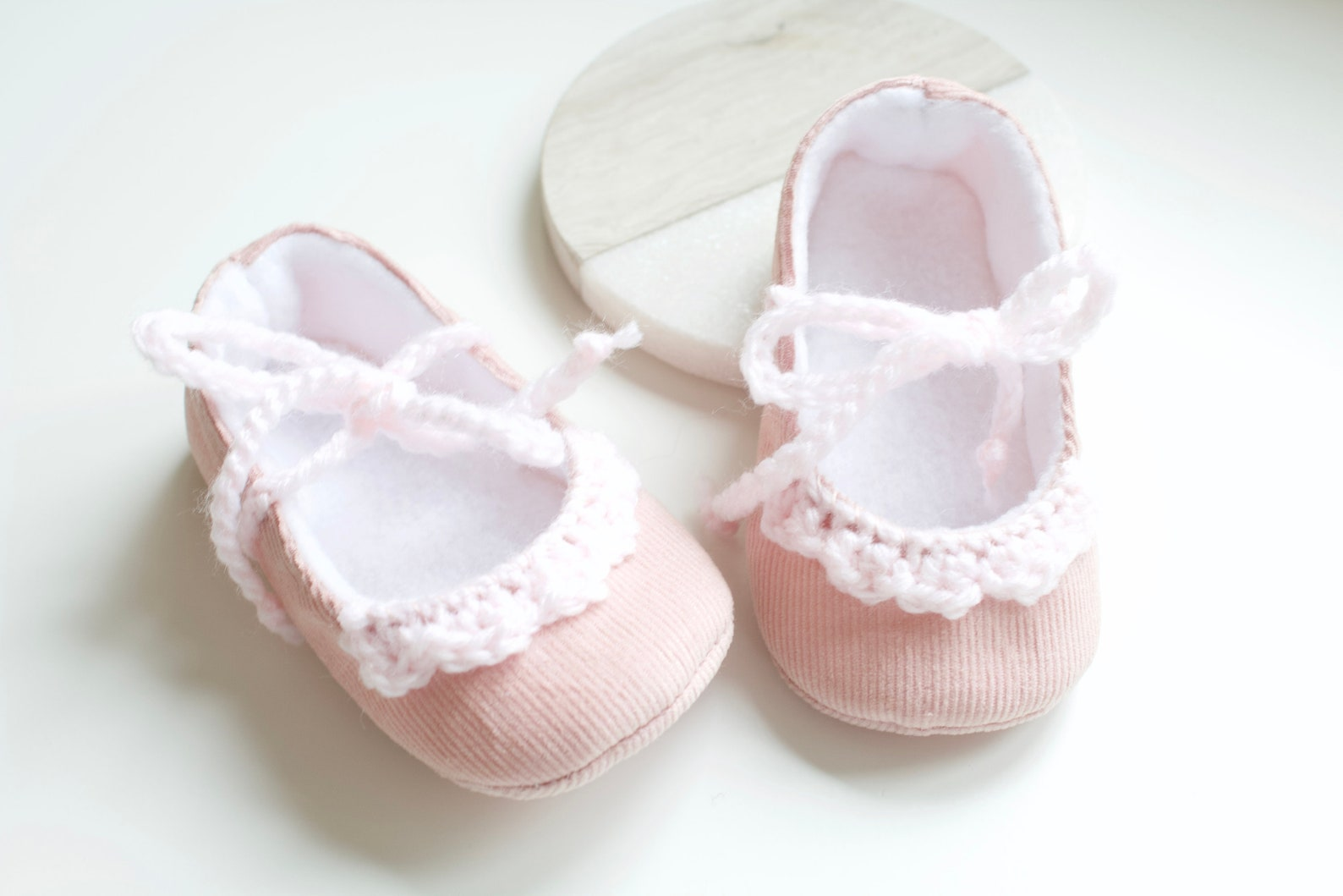 baby girl shoe, baby shoe ballet flat, pink corduroy ballet flats with crochet detail, christmas gift.