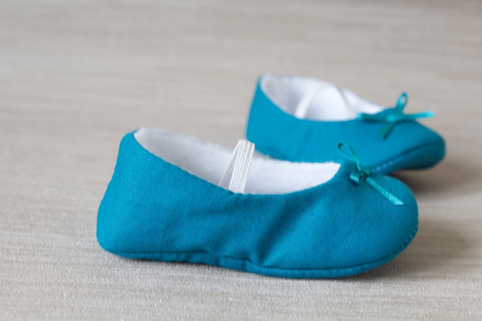 baby girl shoe, baby shoe ballet flat, teal blue baby girl shoe, girls cotton shoe, baby ballet flat.