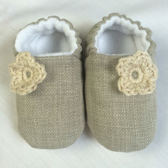 Grey linen soft sole baby shoe with crochet flower