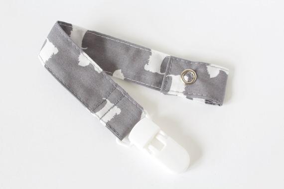 Dummy clip, pacifier clip, Grey dog dummy clip, westie dog dummy clip. pacifier and clip, baby accessories