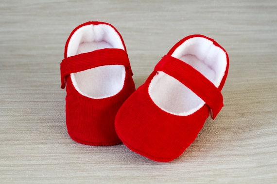 Baby Girls shoes, baby shoes, red girls shoe, red baby shoe, red mary jane, red corduroy mary jane baby shoe, Christmas baby shoe.
