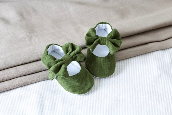 Olive green shoes/ baby girl shoes