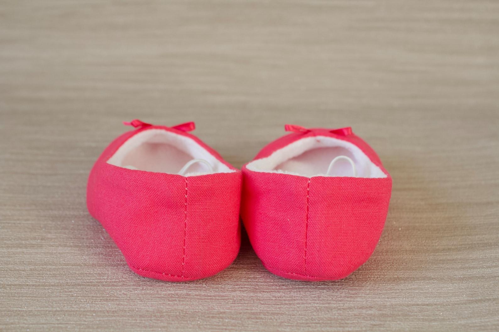 baby girl shoe, baby shoe ballet flat, magenta pink baby girl shoe, girls shoe, baby ballet flat.