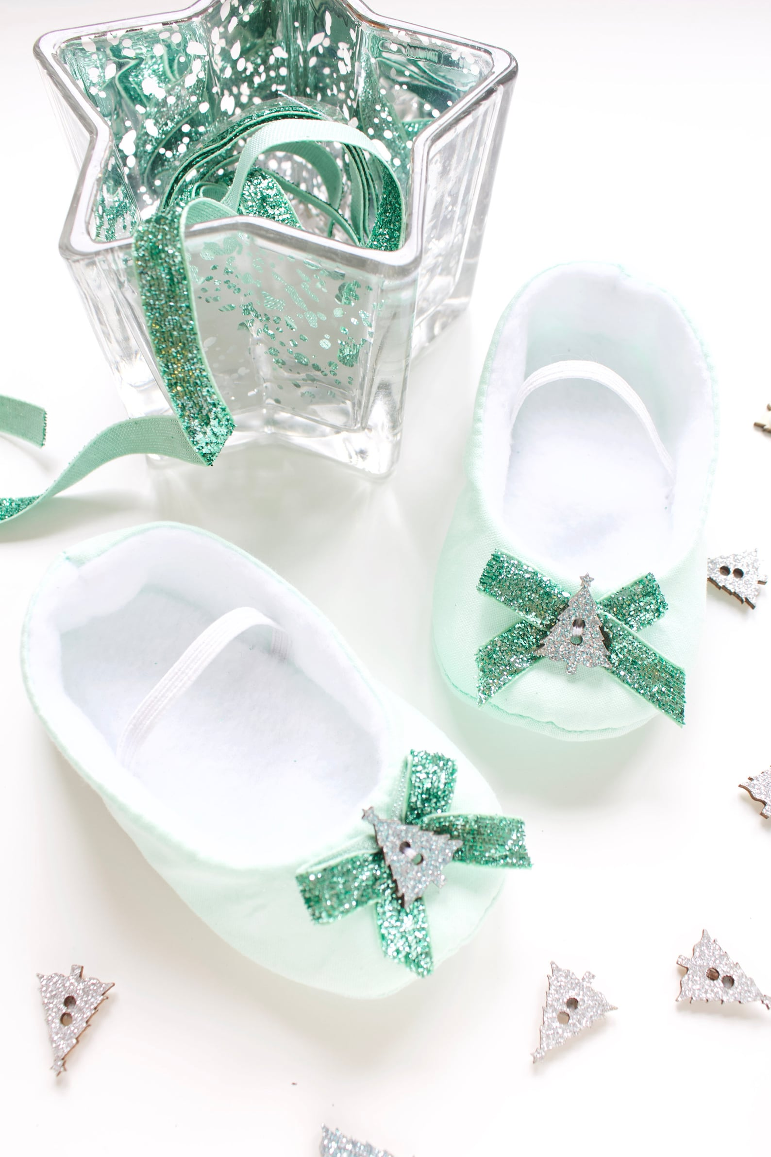 baby shoes, baby girls shoes, baby ballet flats, mint green ballet flats with green glitter bow and christmas tree