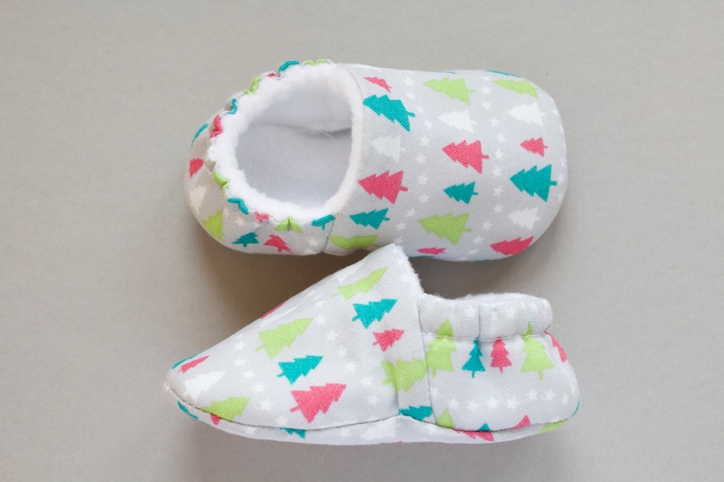 Christmas Shoes For Girls.Baby Shoes Christmas Shoes Baby Girls Shoe Baby Shower Gift Christmas Baby Shoe Grey Christmas Tree Shoe Booties And Crib Shoes