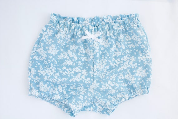 Baby Bloomers/nappy cover/ puff pants/ diaper cover, Blue and white floral