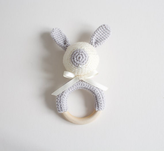 Teething Ring, Baby toy, hand crochet teething ring, Bunny teether. baby shower gift. grey and cream bunny teething ring.