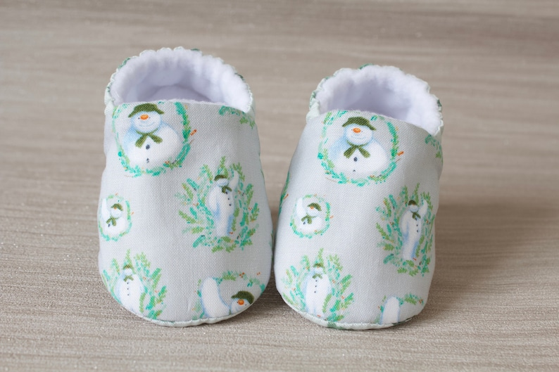 Christmas Shoes For Girls.Baby Shoes Christmas Shoes Baby Girls Shoe Baby Shower Gift Christmas Baby Shoe Grey Snowman Shoe Booties And Crib Shoes