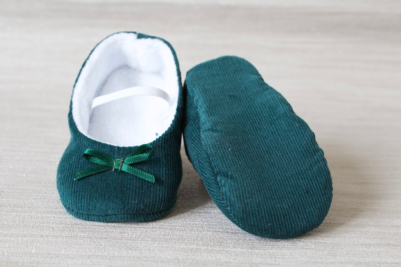 baby girl shoe, baby shoe ballet flat, dark green baby girl shoe, girls corduroy shoe, baby ballet flat.