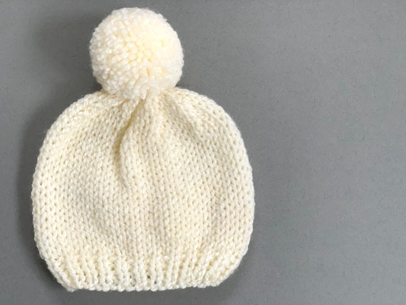 Knitted baby hat, bobble hat, knitted winter baby hat with pom pom, ivory knitted hat.