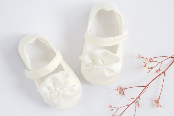 Baby shoes, baby girls shoes, baby shoes girls, Ivory Silk  Christening/ Baptism shoes, with ruffle and beading details