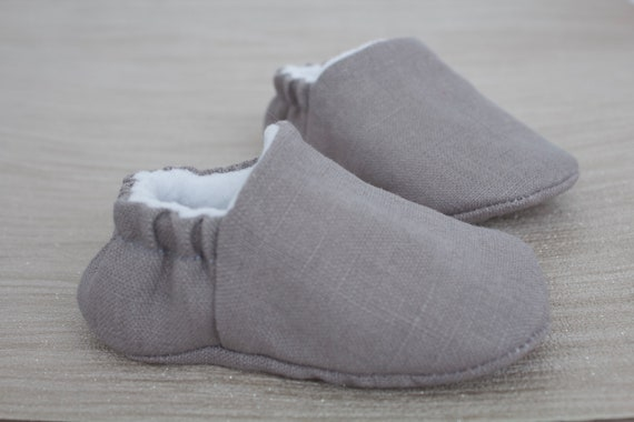 Baby shoes, baby shoes boys, baby boys shoes, Grey shoes, Grey boys shoes, baby shower, baby gift.