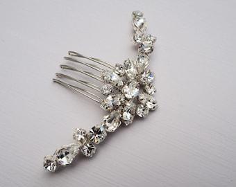 Bridal Hair Comb, Crystal Hair Comb, Bridesmaid Hair Accessory, Silver Hair Comb, Bridal Hair Accessory, Bridal Adornment, Bridal Accessory,