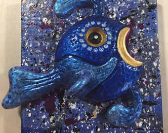 """3D Fish Mini Sculpture """"Blueberry"""" mounted on 3"""" x 3"""" painted canvas"""