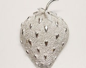 Vintage Designer Sarah Coventry White Albino Styled Strawberry Brooch Featuring Platinum Style Setting and Textured Finish