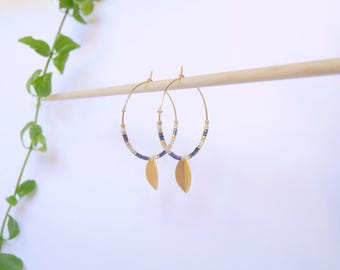 Pair of earrings hoops small leaves and beads black Metalisees Golden fine gold