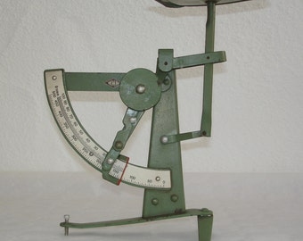 Vintage 60s J. Letter Scale with function