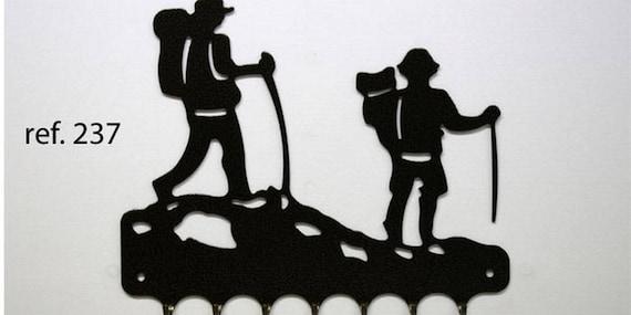 Hangs 26 cm pattern metal keys: couple of walkers