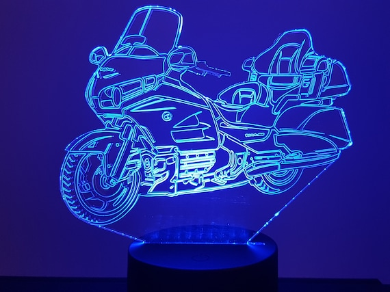 MOTO HONDA GOLDWING 1800- 3D LED ambient lamp, laser engraving on acrylic, battery power or USB cable.