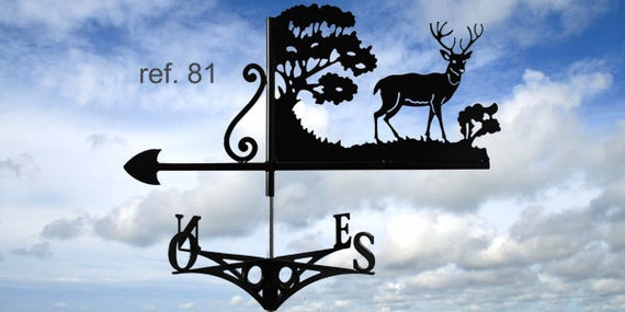 Weathervane with roof deer