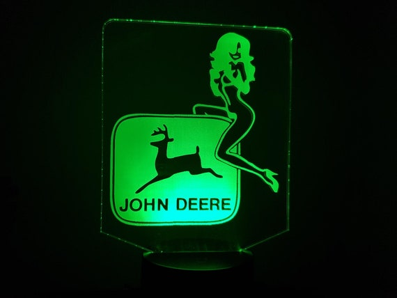 JOHN DEERE tractor - Mood lamp 3D led, laser engraving on acrylic, usb cable or battery power.