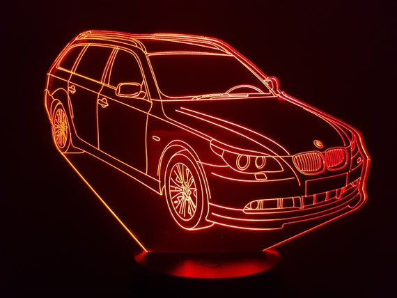 BMW M5 break - mood lamp 3D led, laser engraving on acrylic, usb cable or battery power.