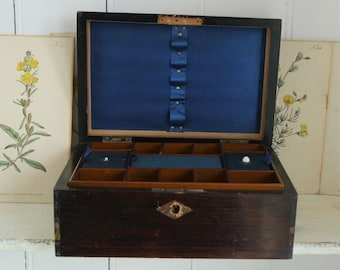 2ec681111bb Antique Wooden Jewellery Box