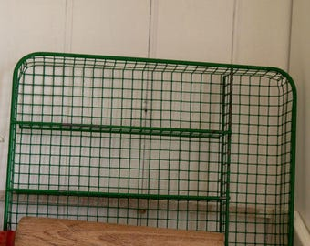 Vintage Cutlery Tray in Retro Green, Vintage Cutlery Basket, Wire Draw Organiser, Desk Organiser, Wire Tray