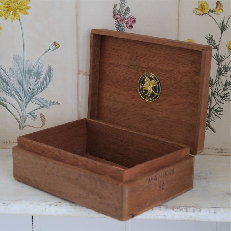 Vintage Wooden Cigar Box Vintage Wooden Manikin Cigar Box Small Wooden Cigar Box Vintage Wooden Box