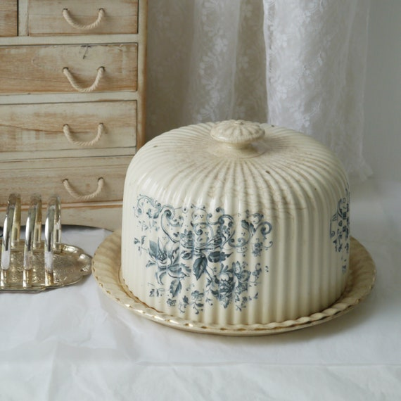 Vintage Blue and white Ceramic Dome with Plate