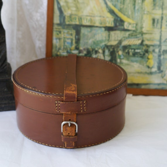Vintage Leather Collar Case with Leather Strap and Chrome Buckle