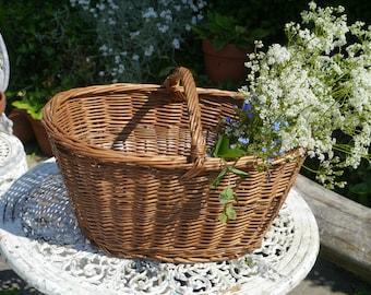Large Vintage Wicker Basket, French Market Basket, Large Storage Basket, Large Willow Basket