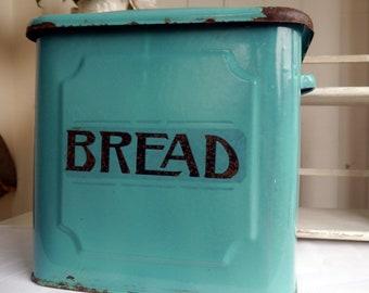 Vintage Bread Box, Vintage Enamel Bread Bin, A Lovely Torquoise Colour Bread Bin with Art Deco Black Writing