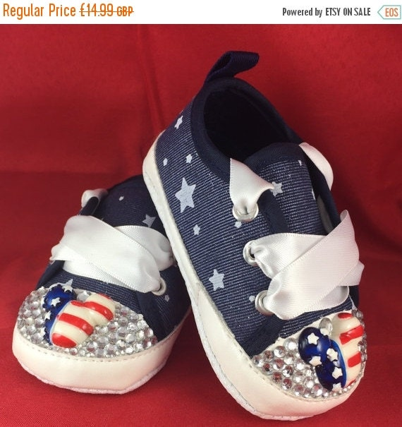 Baby Converse Shoes in Navy (like new)