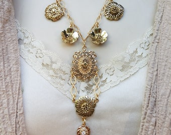 Repurposed Vintage Jewelry Charm Necklace, Vintage Gold Floral Charm Necklace, Gold Flower Necklace,Crystal Floral Necklace,Upcycled Jewelry