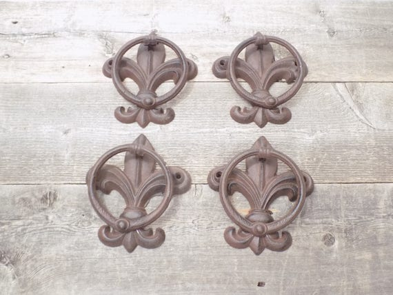 4 Cast Iron Antique Style Fleur De Lis Door Knockers Towel