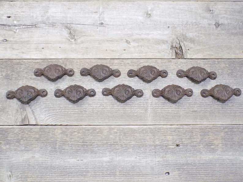 "20 CAST IRON BROWN 3/"" ORNATE PULLS DRAWER CABINET BIN HANDLES RUSTIC VINTAGE"