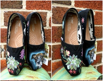 Bride's Love Story Shoes Gift for the Bride Custom Wedding Shoes Unique Wedding Shoes Wedding TOMS Wedding Flats Painted Wedding Shoes Gift