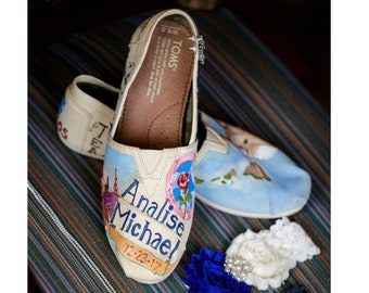 Wedding Love Story Shoes Personalized Gifts Von Yourstrulyshoes