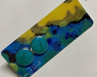 Simple resin earrings