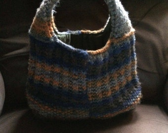 Knit purse fully lined
