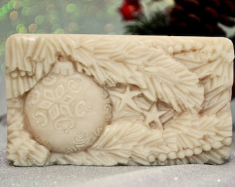 BAUBLE SILICONE MOLD flexible for soap making, clay, wax, plaster, 5 oz,  winter Christmas , food grade version avaiable, floral wreath