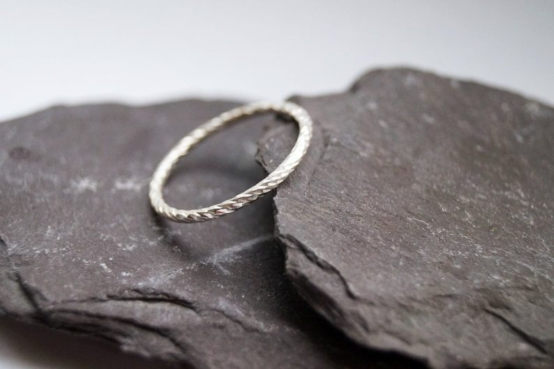 simple band diamond cut Weaved Stacking Band Sterling Silver Ring ~ stacking ring modern minimal, statement ring stackable silver