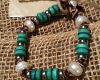 Turquoise wooden beads and freshwater pearl bracelet
