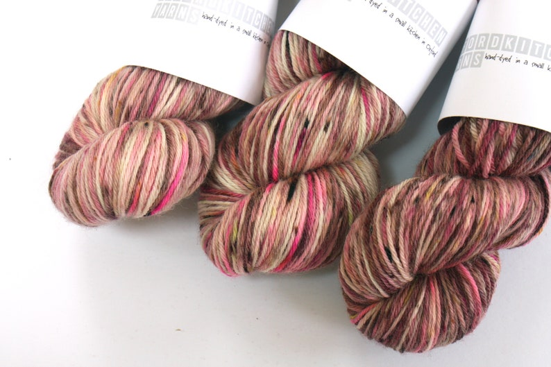 DK  100% British Bluefaced Leicester superwash yarn Ripple image 0