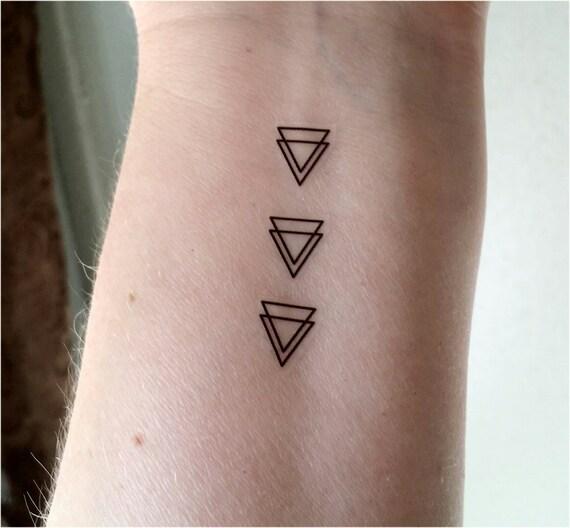 Kleine Tatoeages Dubbele Driehoek Tatoeages Driehoek Tatoeages Tijdelijke Tatoeages Nep Tattoos Kleine Tatoeages