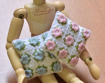 Miniature crochet pillow with little flowers - 1:12 Dollhouse miniature cushion choose your color