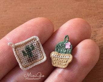 Set of 2 miniature cactus  crochet potholders for dollhouse 1:12 scale